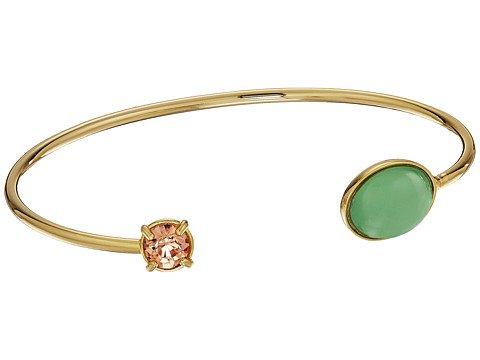 Image of a gold bracelet