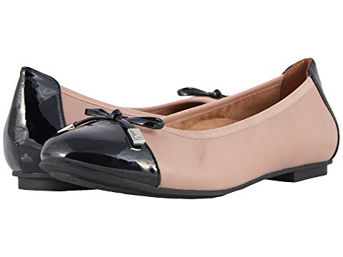Image of women's vionic flats. links to all women's flats.
