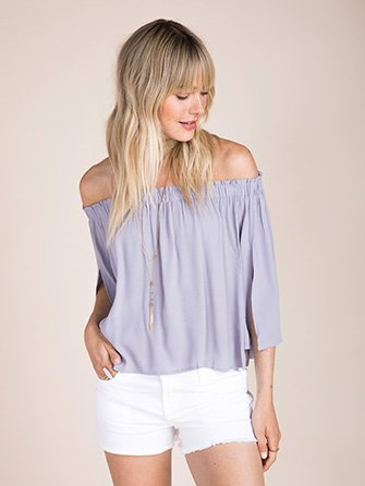 Off-the-shoulder-tops.