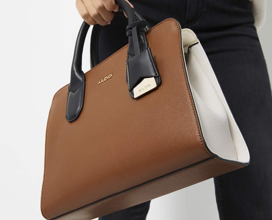 4eaaf919e05 On-Trend Bags   Handbags