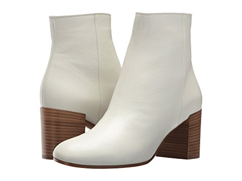 Image links to Women's on-trend boots.