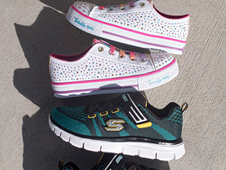 A 2/17 - New SKECHERS Kids Boys And Girls Sneakers
