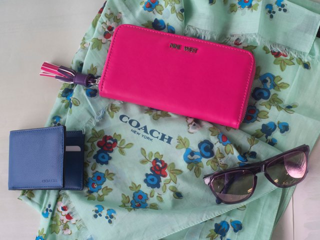 A 2/27 - SPRING PREVIEW: Shop Accessories