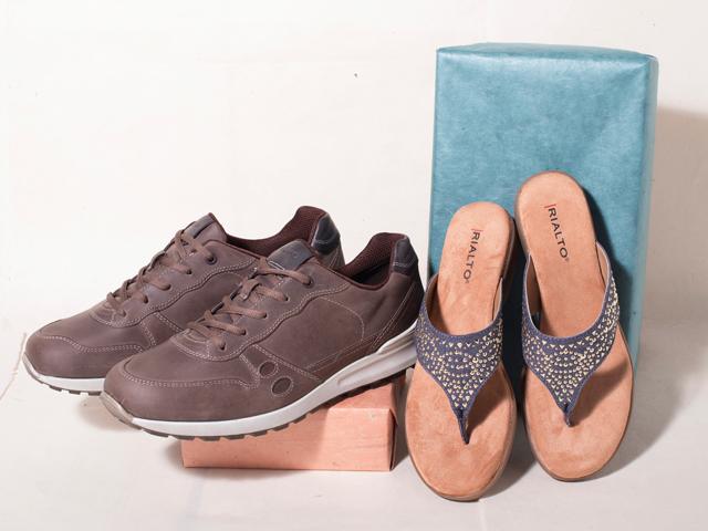 A 5/22 - ialto Comfort Sandals And Ecco Sneakers