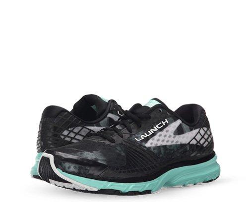 B 5/26 - Brooks Sneakers
