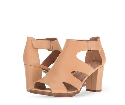 B 5/26 - Naturalizer Heeled Sandals