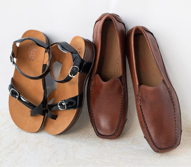 A 7/24 - SAS Sandals And Rockport Loafers