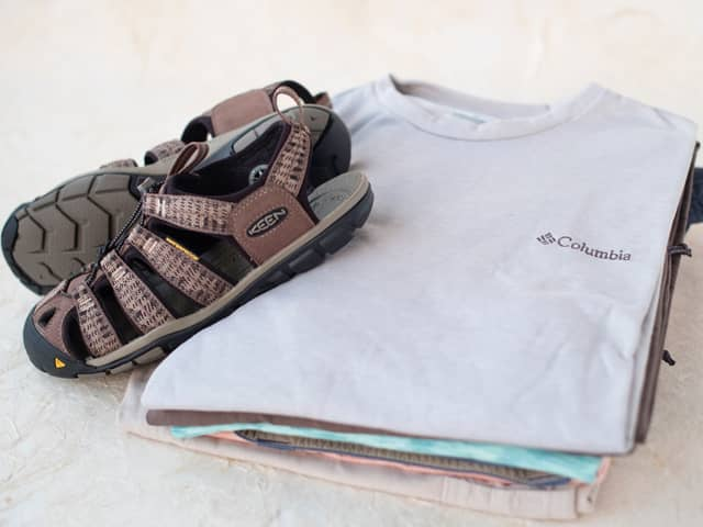 A 7/26 - Columbia Outdoor Men's And Women's Hiking Outfits