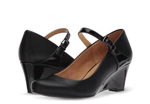 B 10/23 - Shop Comfort Shoes