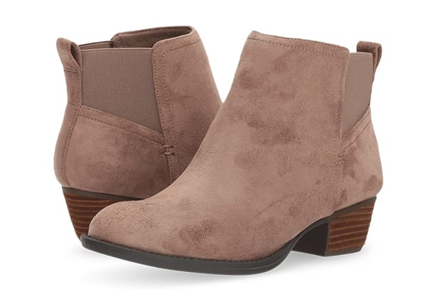 B 11/20 - Shop Comfort Shoes