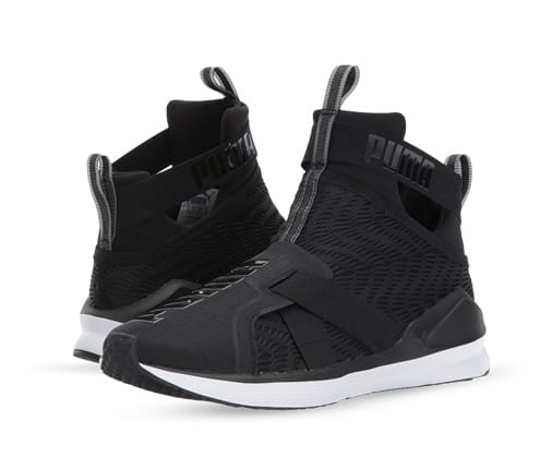 B 12/18 - Shop Urban Sneakers