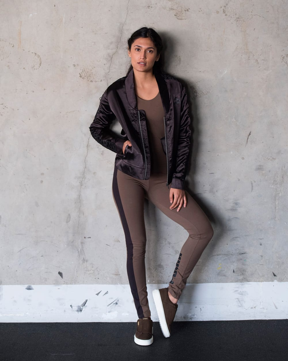 A 3/11 - Shop Women's Athleisure