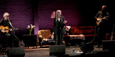 Patti Smith Live at Minetta Lane 2