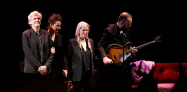 Patti Smith Live at Minetta Lane 10