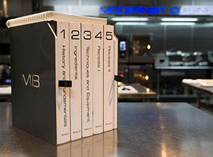 BoxSet_225H.jpg