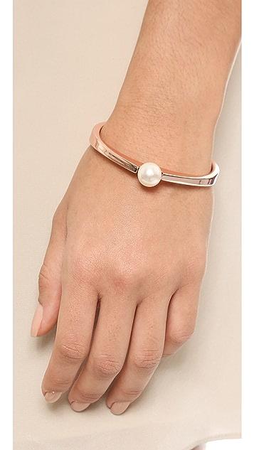 Adia Kibur Imitation 珍珠镯式手链