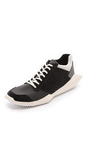9831e17a9a1ff Tech Runner Sneakers