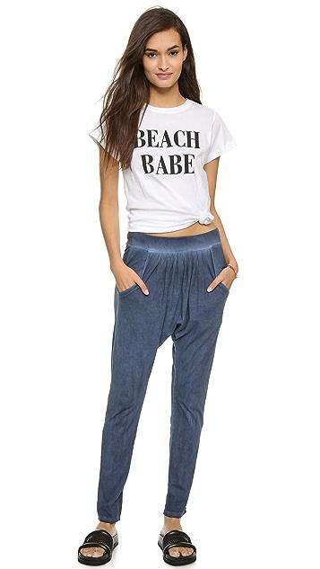 A Fine Line Hastings Beach Babe Tee