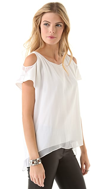 AIR by alice + olivia Open Shoulder Short Sleeve Top