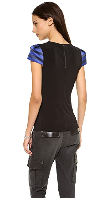 alice + olivia Kline Boat Neck Zip Back Tee