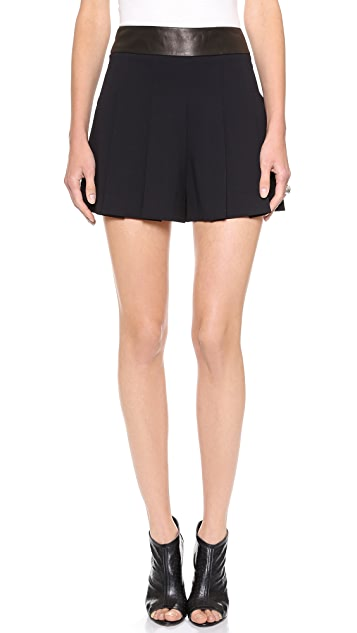 alice + olivia Highwaisted Back Zip Shorts