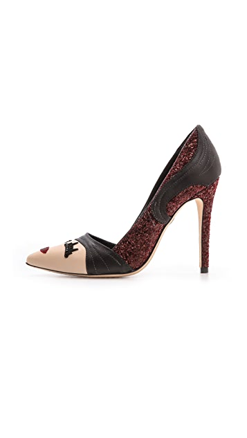 alice + olivia Stacey Wink Pumps