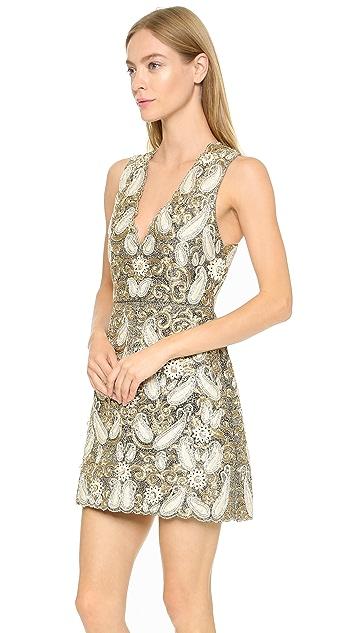 alice + olivia Платье Jania Fly с декоративной отделкой