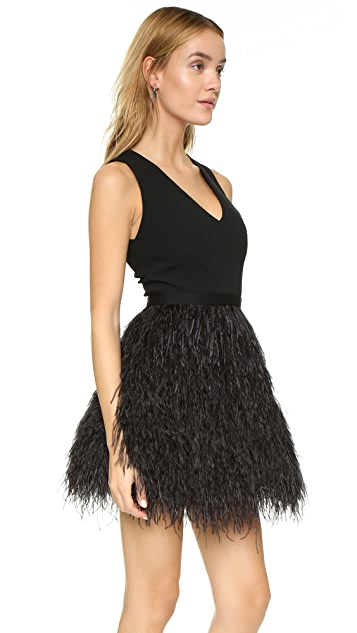 alice + olivia Платье Kiara с перьями