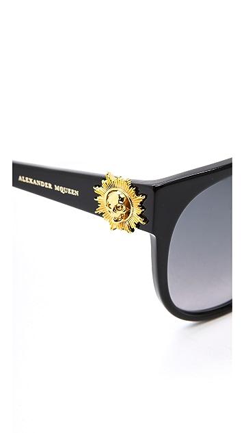 Alexander McQueen Classic Gradient Suglasses
