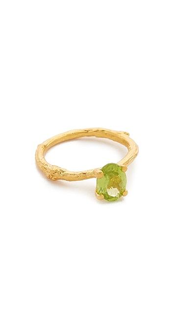 Alex Monroe Peridot Twig Ring