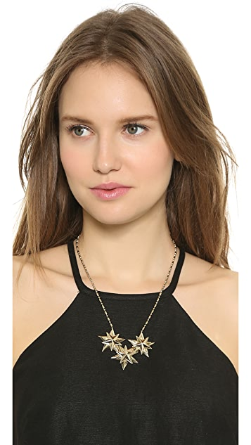 AUDEN Star Pendant Necklace