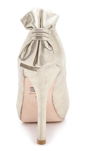 Badgley Mischka Macee Bow Pumps