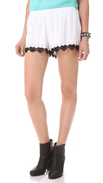 BB Dakota Julian Lace Trim Short
