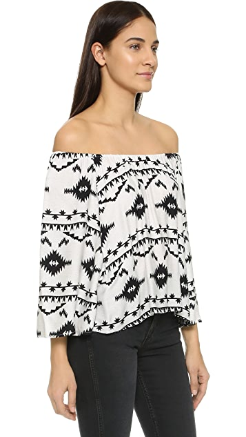 BB Dakota Marley Off Shoulder Blouse