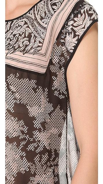 BCBGMAXAZRIA Viola Lace Print Top