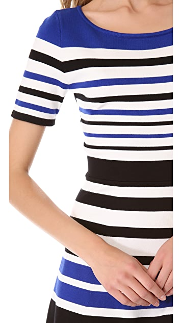 BCBGMAXAZRIA Short Sleeve Stripe Dress