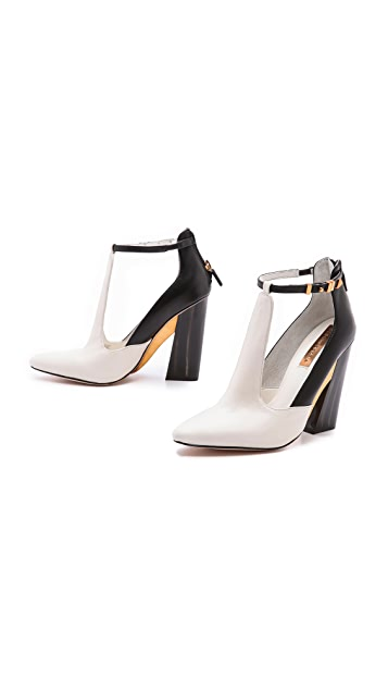 BCBGMAXAZRIA Measure T Strap Pumps