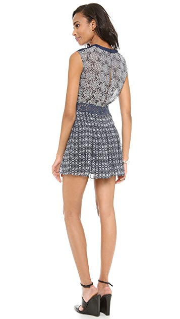 BCBGMAXAZRIA Aymelyine Dress