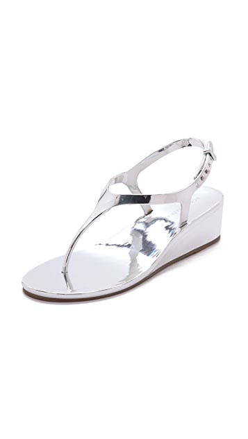 BCBGMAXAZRIA Silva Wedge Jelly Sandals