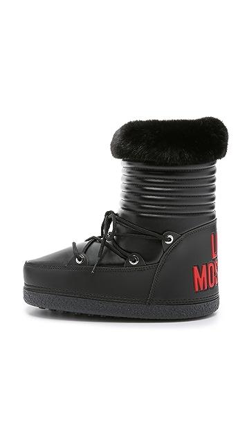 8e83473446ef7 Love Moschino Moon Boots