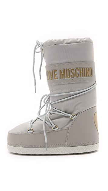 fine quality super popular discount Love Moschino Snow Boots