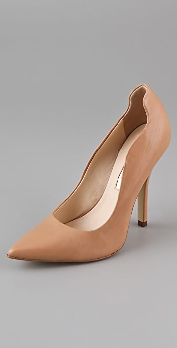 Boutique 9 Jazzalyn Wavy Pumps