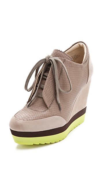 Boutique 9 Wykoff Sneakers