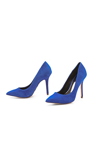 Boutique 9 Justine Suede Pumps