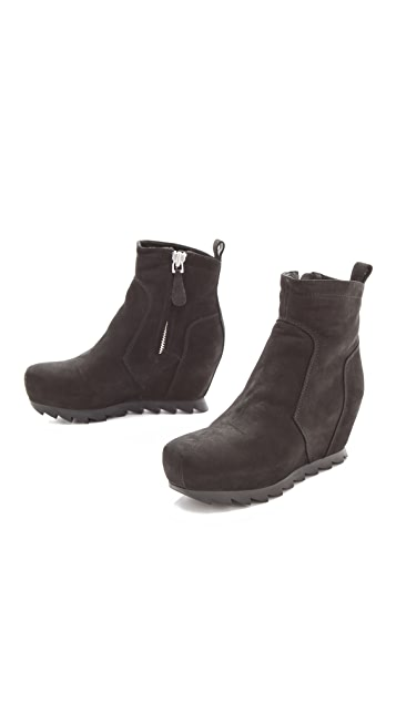 Camilla Skovgaard Low Ankle Boots with Saw Sole