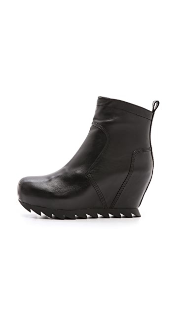 Camilla Skovgaard Low Wedge Ankle Booties