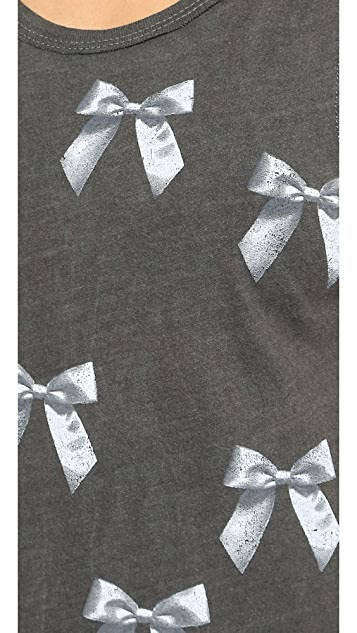 Chaser Bows Muscle Tee