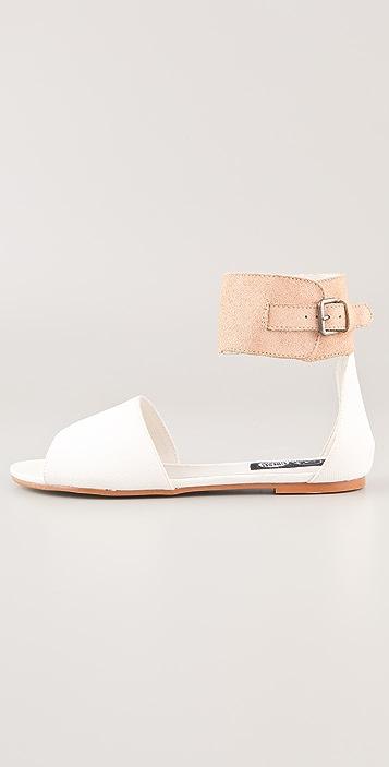 Cheap Monday Saviour Sinaii Flat Sandals