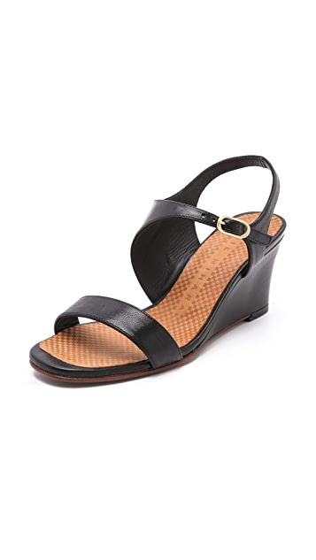 Chie Mihara Shoes Anatour Wedge Sandals