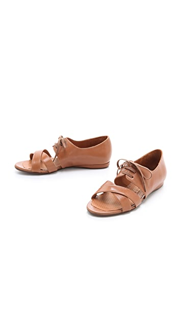 Chie Mihara Shoes Gofre Flat Sandals